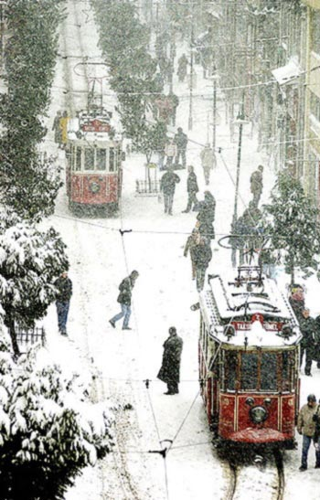 Guides of Istanbul - Istiklal Caddesi