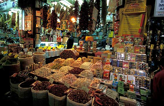 Guides of Istanbul - Spice Bazaar